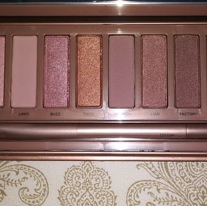 Naked3 palette by Urban Decay